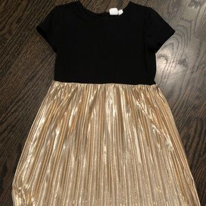 Size 5T Gold & Black Dress